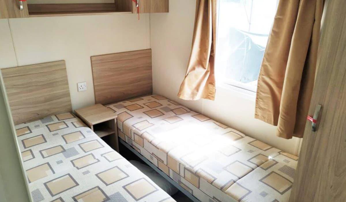 24-2nd-Bedroom-Atlas-Tempo-Torre-del-Mar-Caravans-in-the-Sun-Owned-19