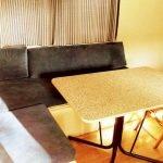 Comedor de la Mobil Home Shelbox Classic. Plot 21