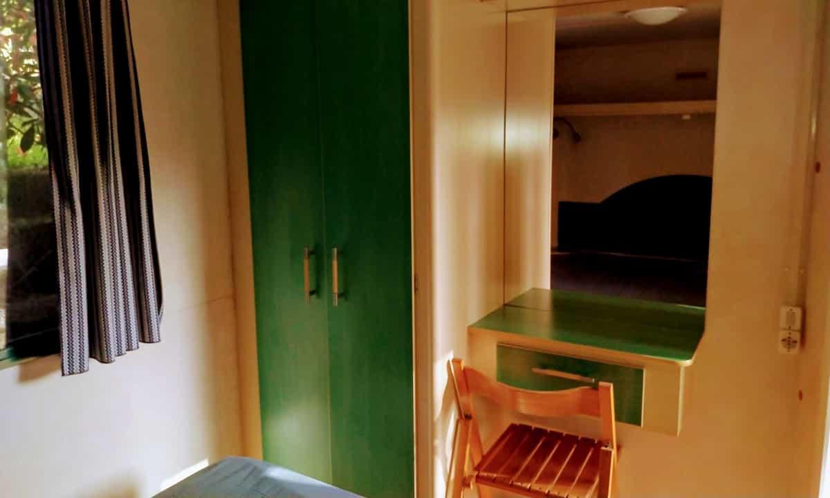Armario habitación d ematrimonio de la Mobil Home Shelbox Classic. Plot 21