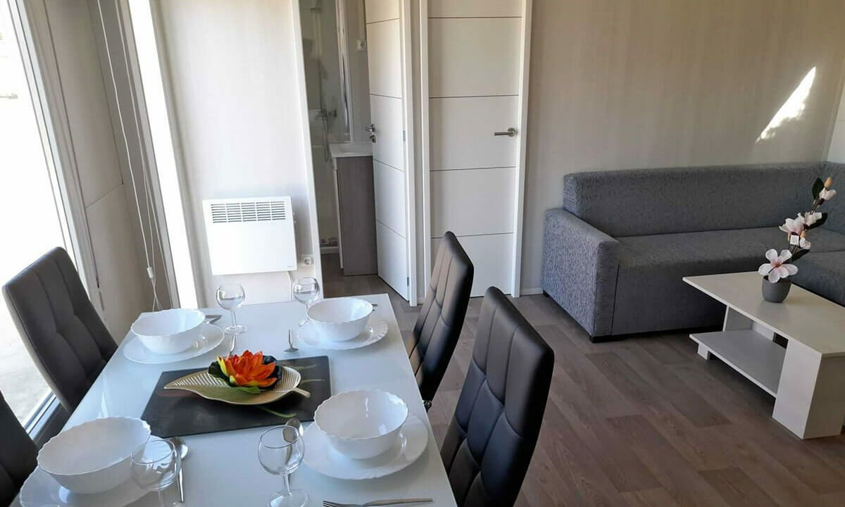 04-Lounge-Diner--e1628778427926