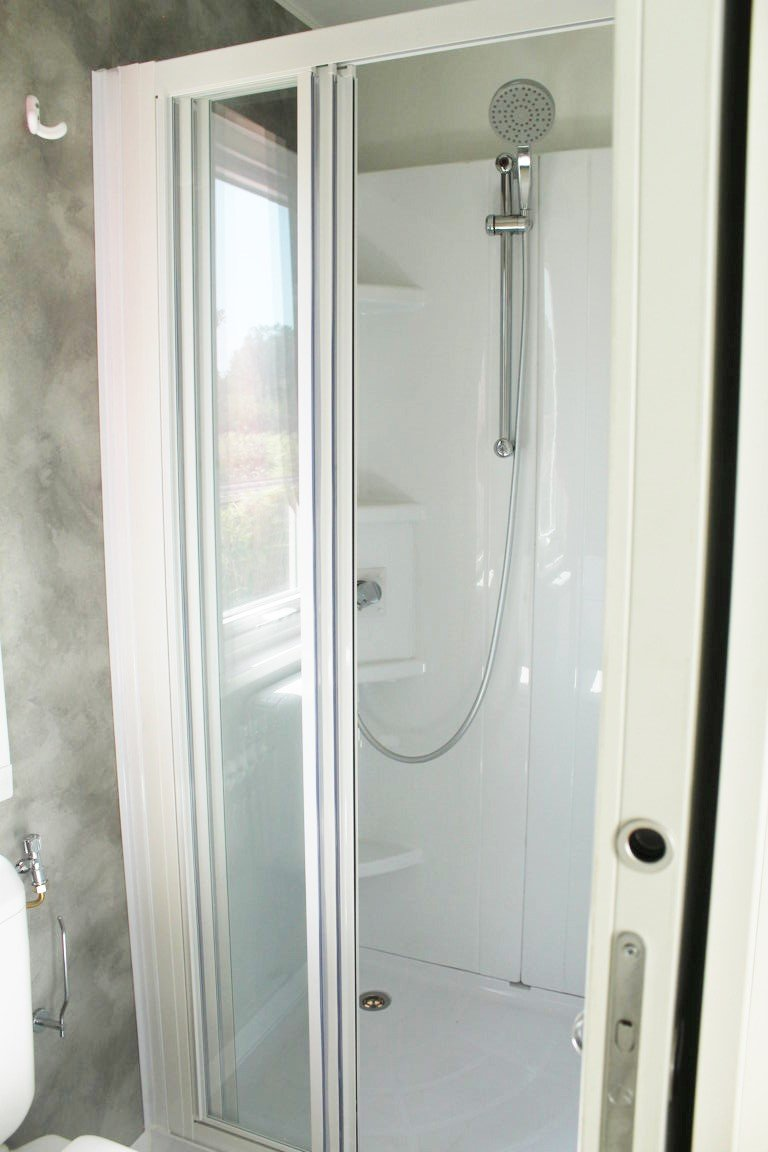 17-Shower-room-CR-Abitare-Easy-3-11