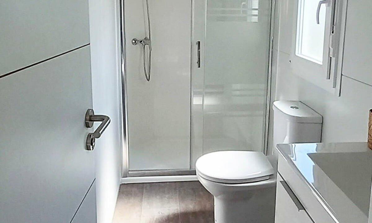 R-Bathroom-e1628777046718